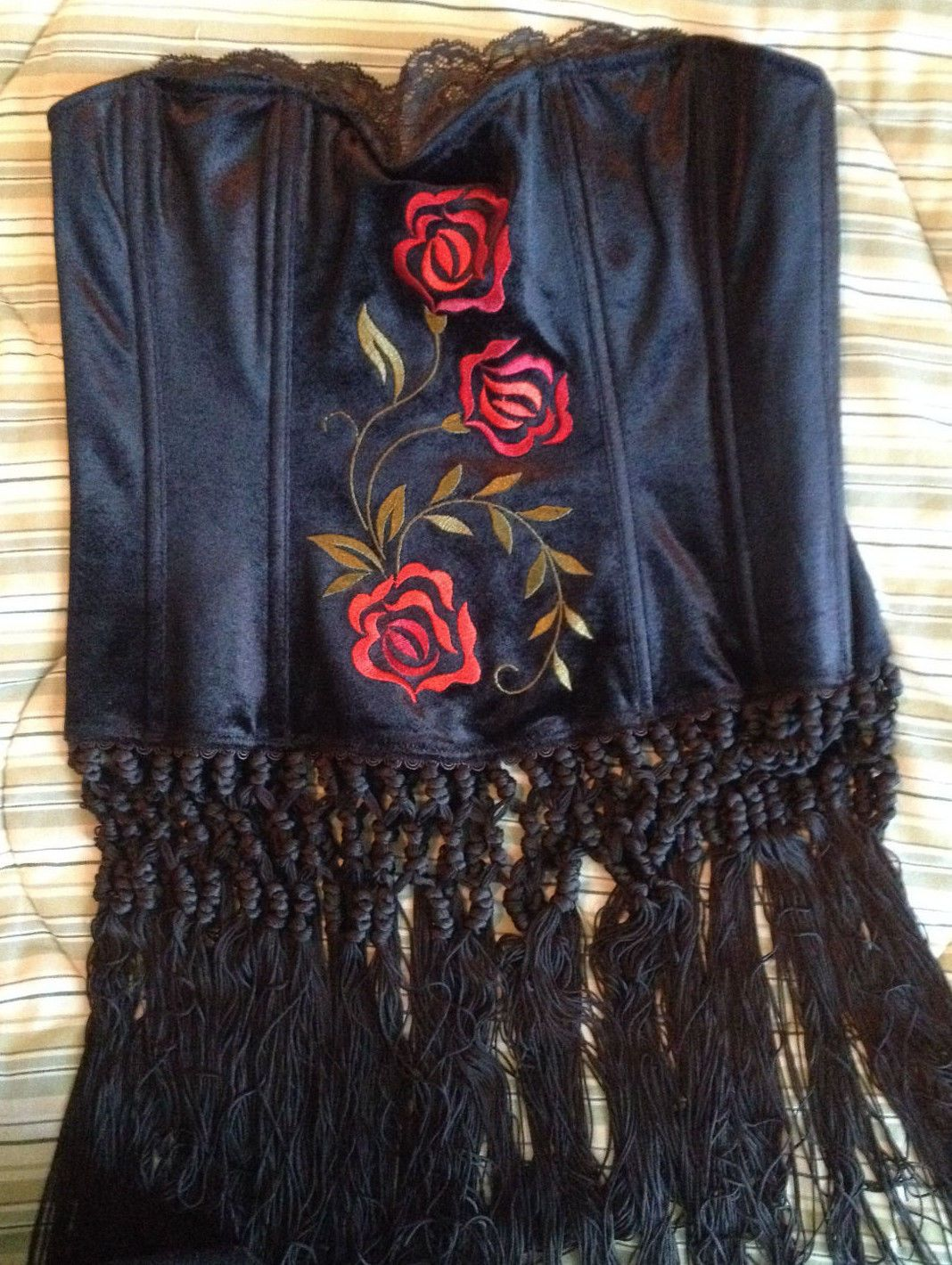 68ee678962e NWT Rare Victoria s Secret Black Velvet Rose Bustier   Panty M Medium  Halloween