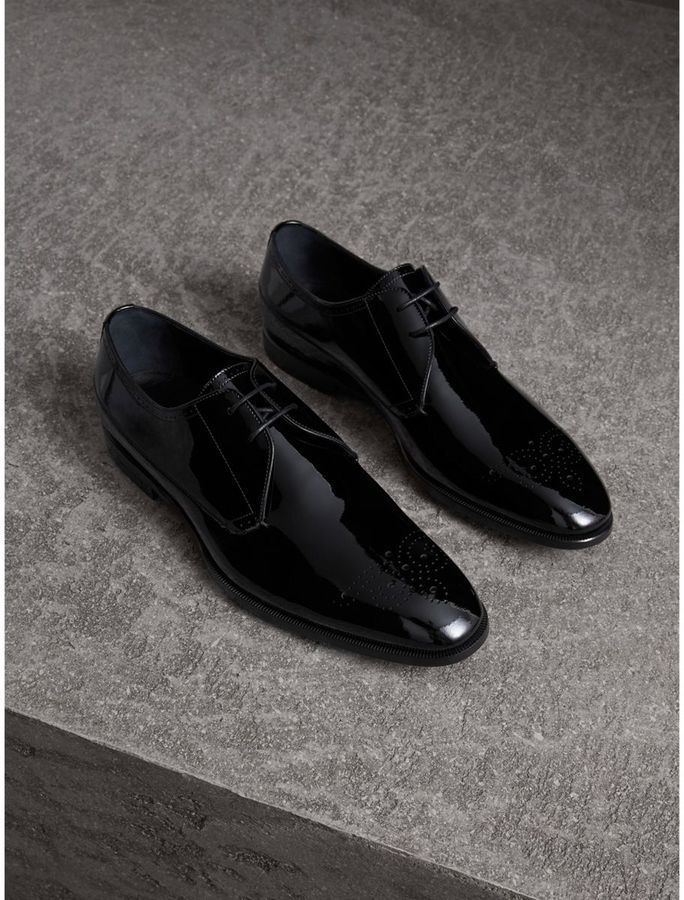 7783d8d0484 Burberry Broguing Detail Polished Leather Derby Shoes