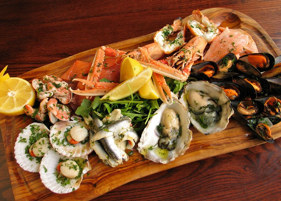 Seafood platter seafood platters pinterest seafood for Animals that are included in the cuisine of seafood