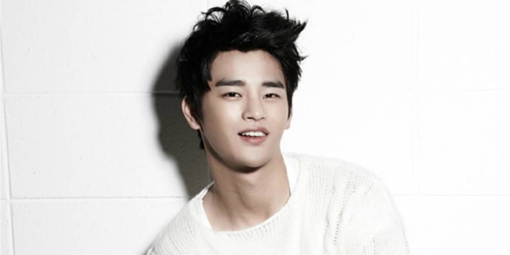 Seo In Guk to feature in a new song http://www.allkpop.com/article/2016/11/seo-in-guk-to-feature-in-a-new-song
