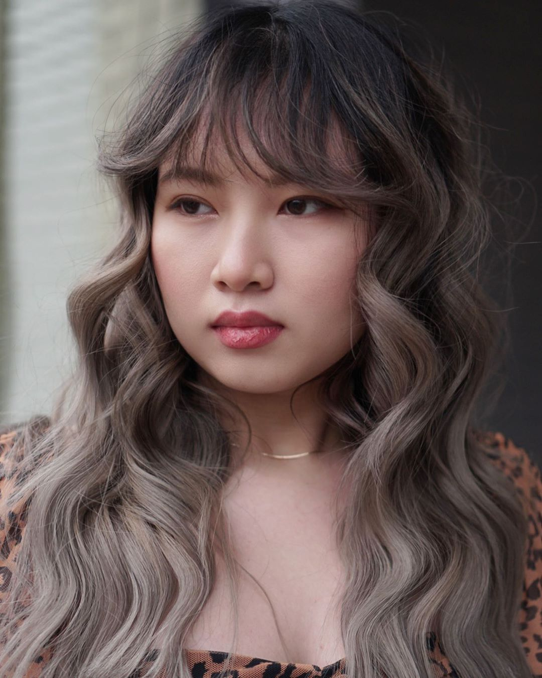50 Most Trendy And Flattering Bangs For Round Faces In 2021 Hadviser Bangs For Round Face Haircuts For Round Face Shape Bangs With Medium Hair