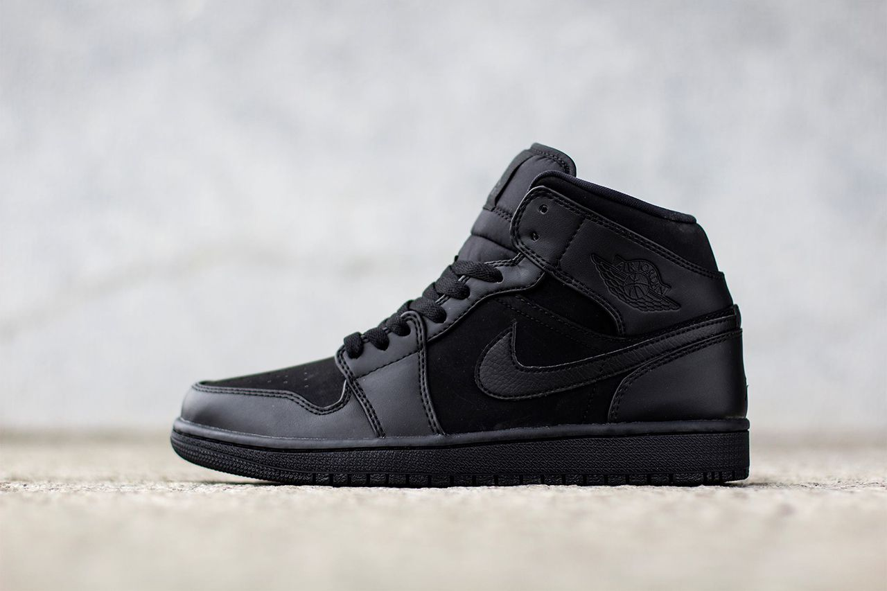 air jordan 1 mid all black