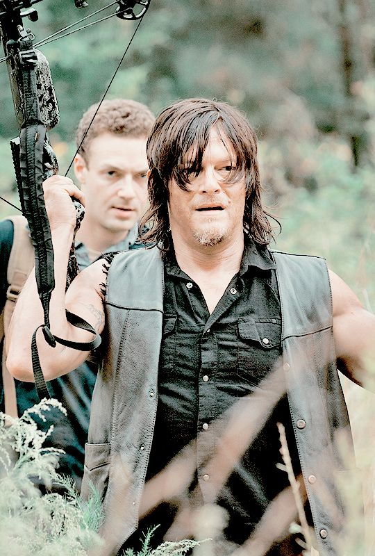 "The Walking Dead 5x13 ""Forget"" Daryl Dixon and Aaron"