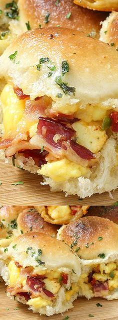 Cheesy Breakfast Recipes #breakfastslidershawaiianrolls