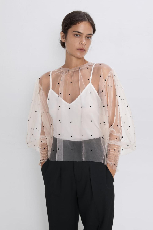 Semi Sheer Polka Dot Blouse New In Woman Zara United Kingdom Blusa De Tul Blusa De Lunares Ropa Transparente