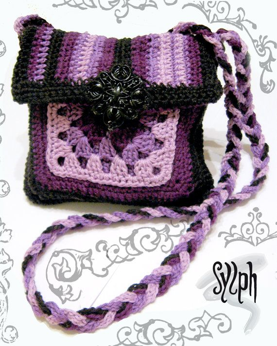 Small crochet bag with a granny square by SylphDesigns on Etsy, €30.00