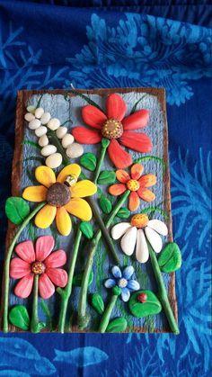 Pebble Art, Driftwood Art, Pebble Collage, Wall Decor, Pebble Flowers #wallcollage
