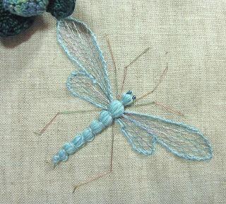 Broder des libellules, c'est bien, ne pas les laisser disparaître, c'est mieux   – Masks