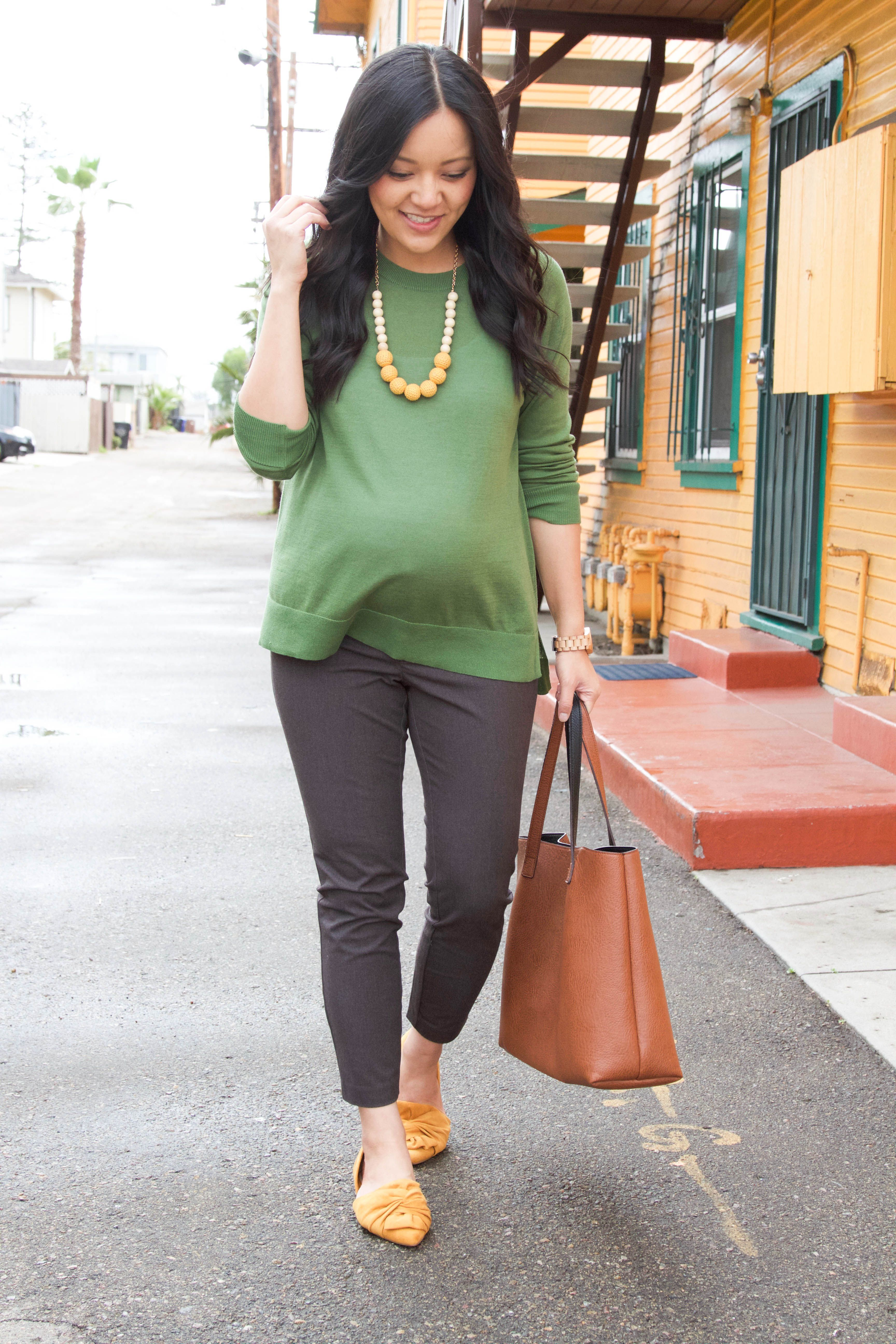 8 Easy Tips to Style Tops for Business Casual Work to Play