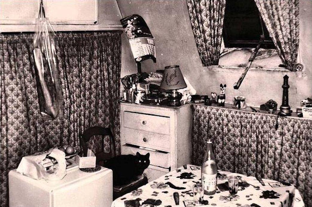 Janine Niepce Photo Chambre De Bonne Paris 1960 Chambre De Bonne Photo De France Visite Insolite Paris