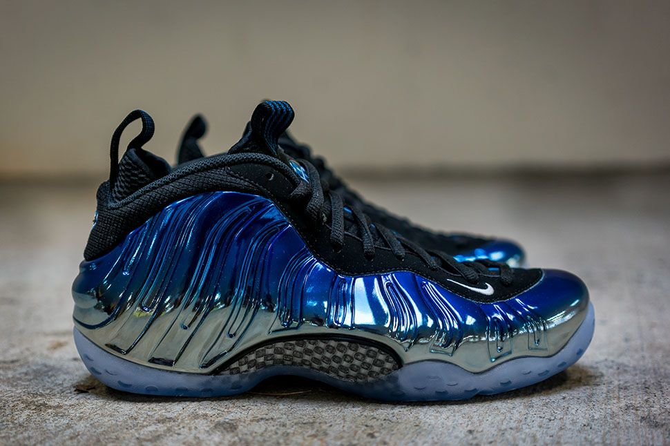 """Releasing: Nike Air Foamposite One Premium """"Blue Mirror"""" (Detailed Pictures)"""