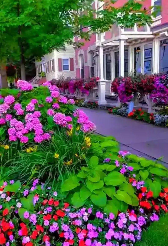 Sign In In 2020 Beautiful Gardens Niagara On The Lake Beautiful Places