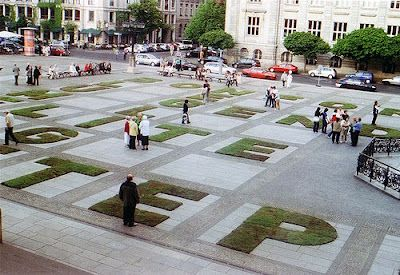 """Blümerant"", a temporary public event staged in Berlin's Gendarmenmarkt in 2007, was designed by the art group, msk7 in an effort to stimulate communication."