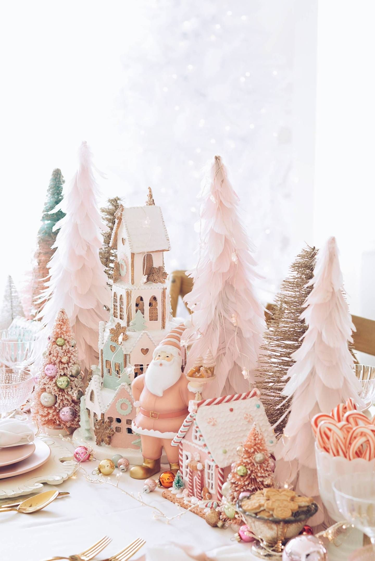 Pink Christmas Table Decorations: A Pink Wonderland Dinner - The Pink Dream