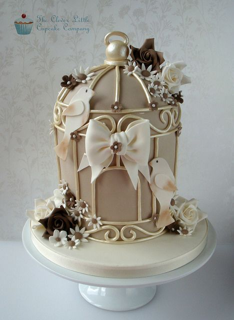 Birdcage Wedding Cake ~ Lovely!  ᘡղbᘠ