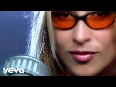 Leann Rimes Cant Fight The Moonlight Official Music Video Youtube Youtube Video Canzone