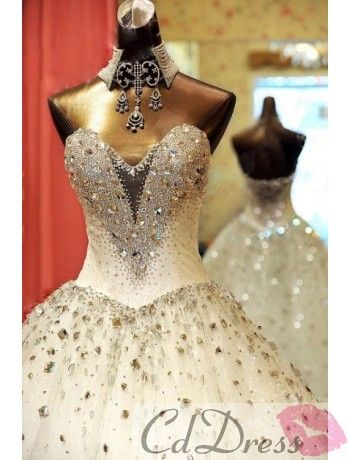 Big discount of Luxury Crystal Wedding Gown. Now $388, Save $111. Just one day. If you love it,Don't miss out.
