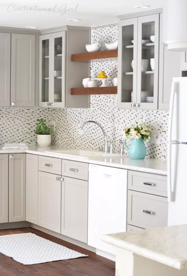 21 Trendy Ways to Ditch White and Embrace Gray Kitchen Cabinets #graykitchencabinets