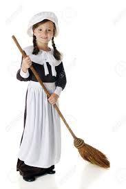 Resultado de imagen para una niña barriendo