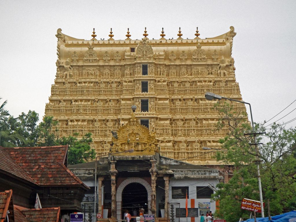 "Sree Padmanabhaswamy (Kerala: 8°28'58.90""N,  76°56'38.06""E)"