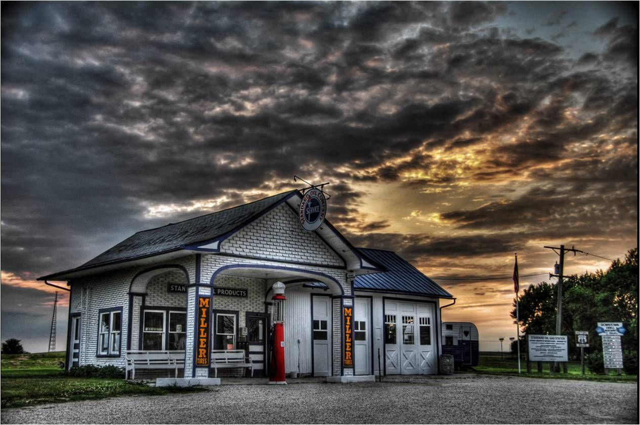 historic service stations old gas station along route 66. Black Bedroom Furniture Sets. Home Design Ideas