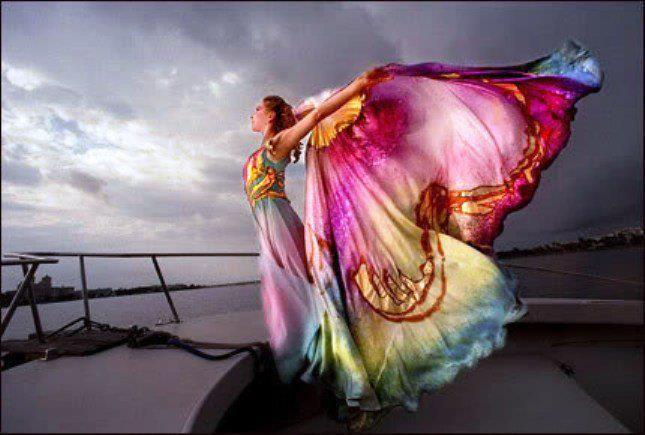 Tirar alguns pesos da alma torna a vida incrivelmente mais leve e colorida.