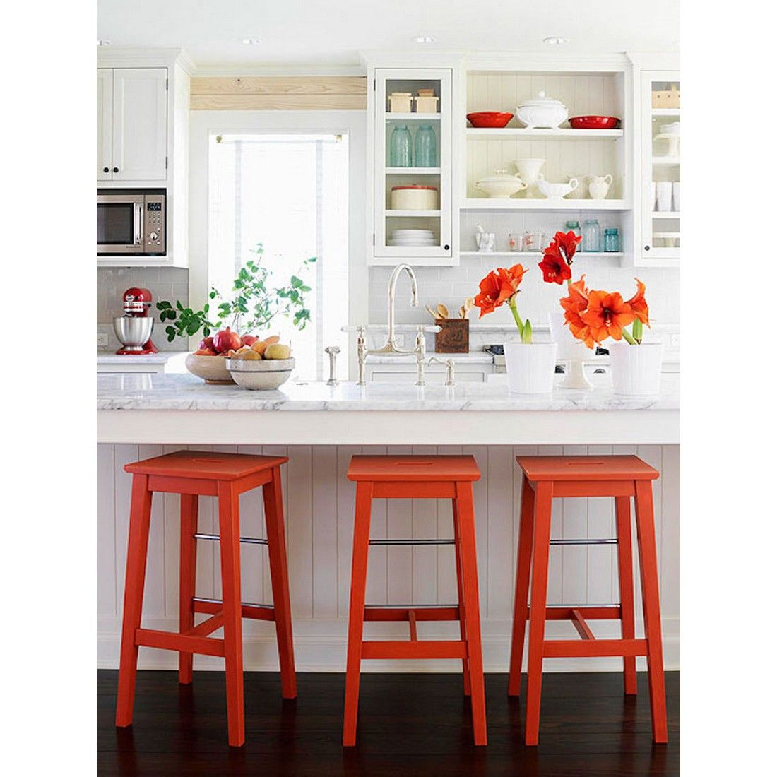 Bright Red Bar Stools For White Kitchen Accents Yay Or Nay Rumahkukitchen Country Kitchen Decor Kitchen Decor Country Kitchen