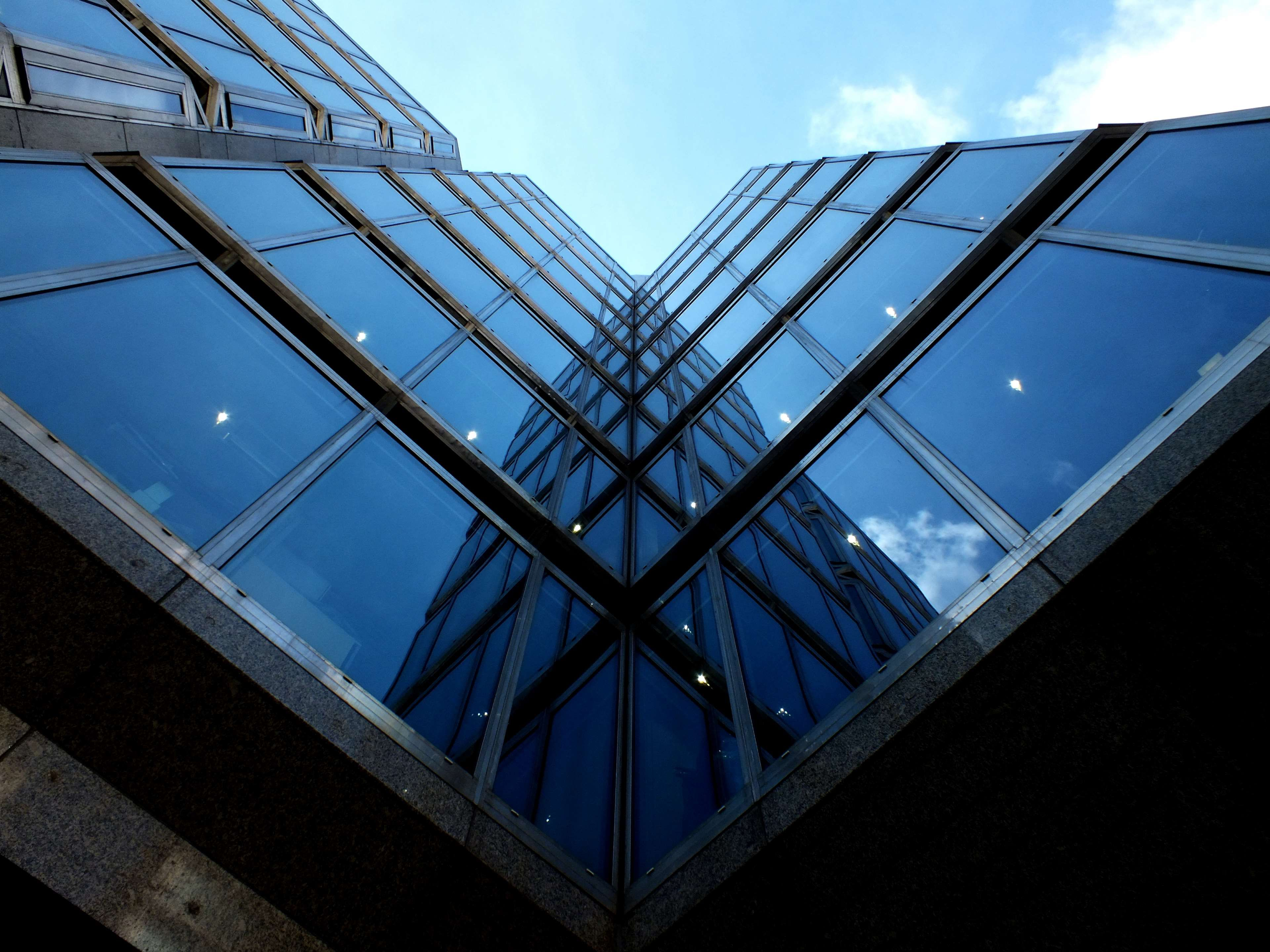 Building Glass House London Mirror Reflection Victoria Wall