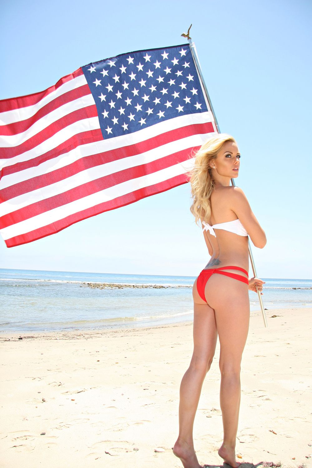 Absolutely useless. Sexy patriotic blonde nude