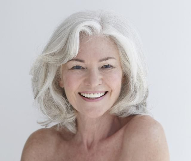 20 Gorgeous Shoulder-Length Haircuts for Women Over 50: Why It's Trendy to Embrace the Grays