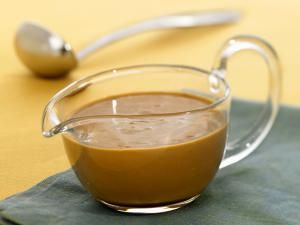 gravy recipes, boat, sauce, receipts - © 2014 Lew Robertson/Getty Images, licensed to About.com, Inc.