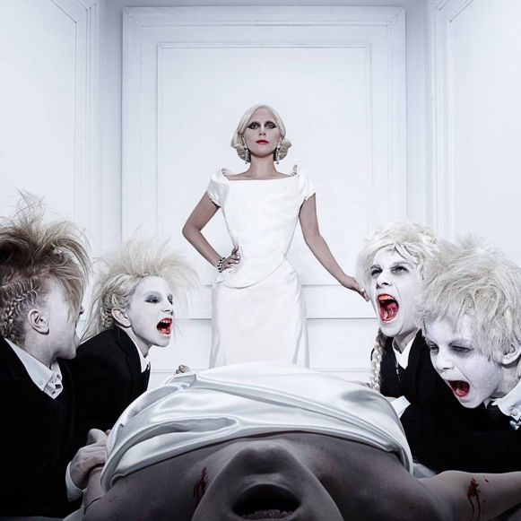 How To Throw An American Horror Story Hotel Premiere Party Lady Gaga Would Attend Lady Gaga American Horror Story American Horror Story Hotel American Horror
