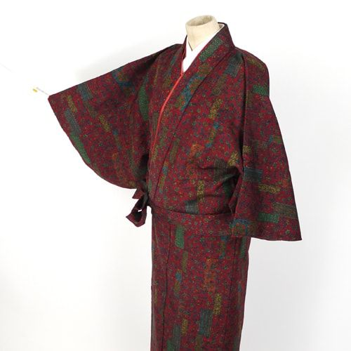 Wool two parts kimono  / 唐草柄を施したウール混紡素材の二部式着物 http://www.rakuten.co.jp/aiyama #Kimono #Japan #aiyamamotoya