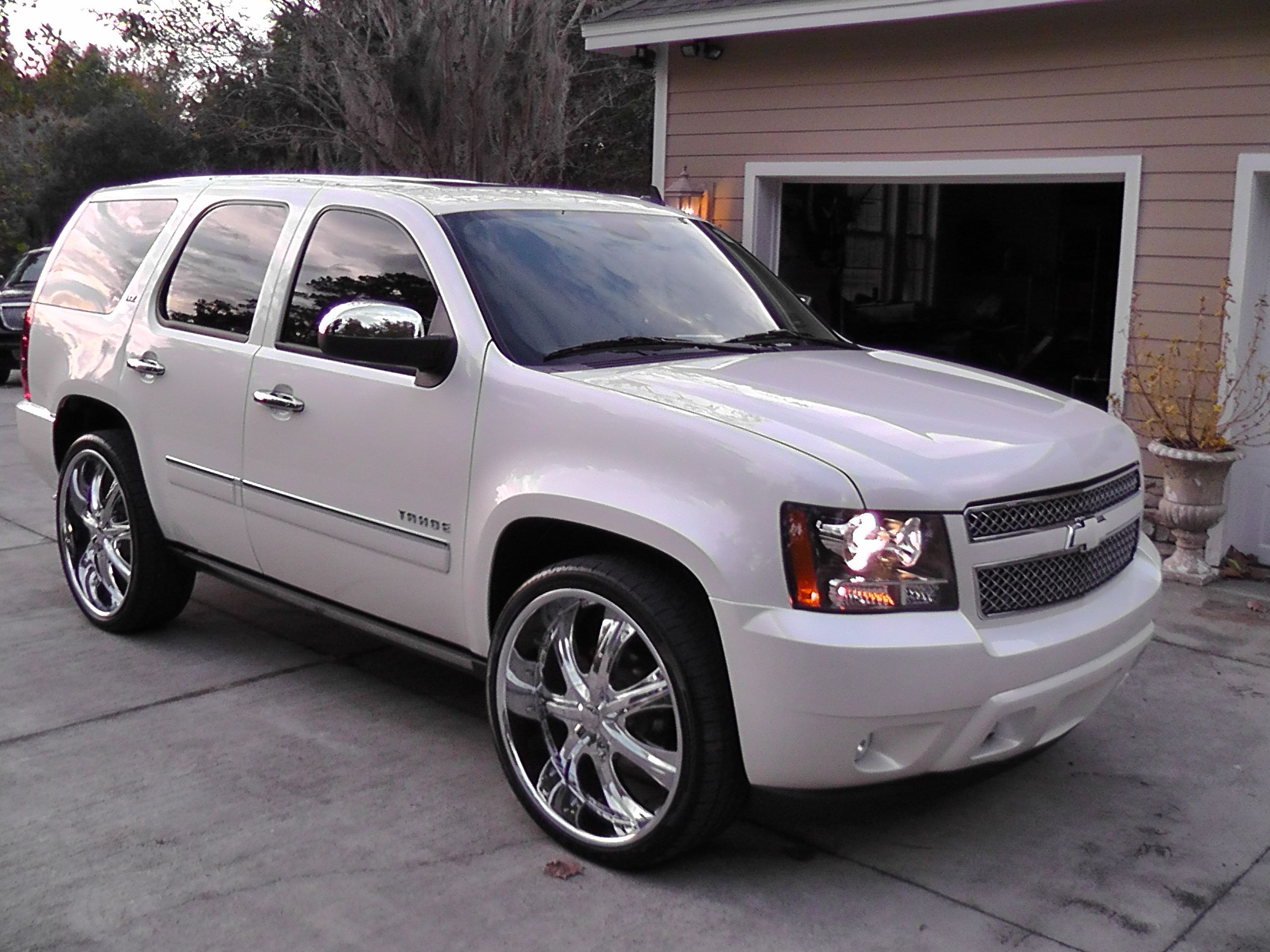 Perfect vehicle 2010 chevrolet tahoe in safety features with 2010 chevrolet tahoe this is the car