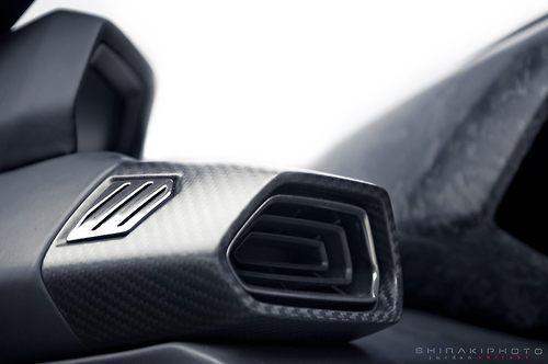 2017 Lamborghini Urus by Jordan Shiraki.