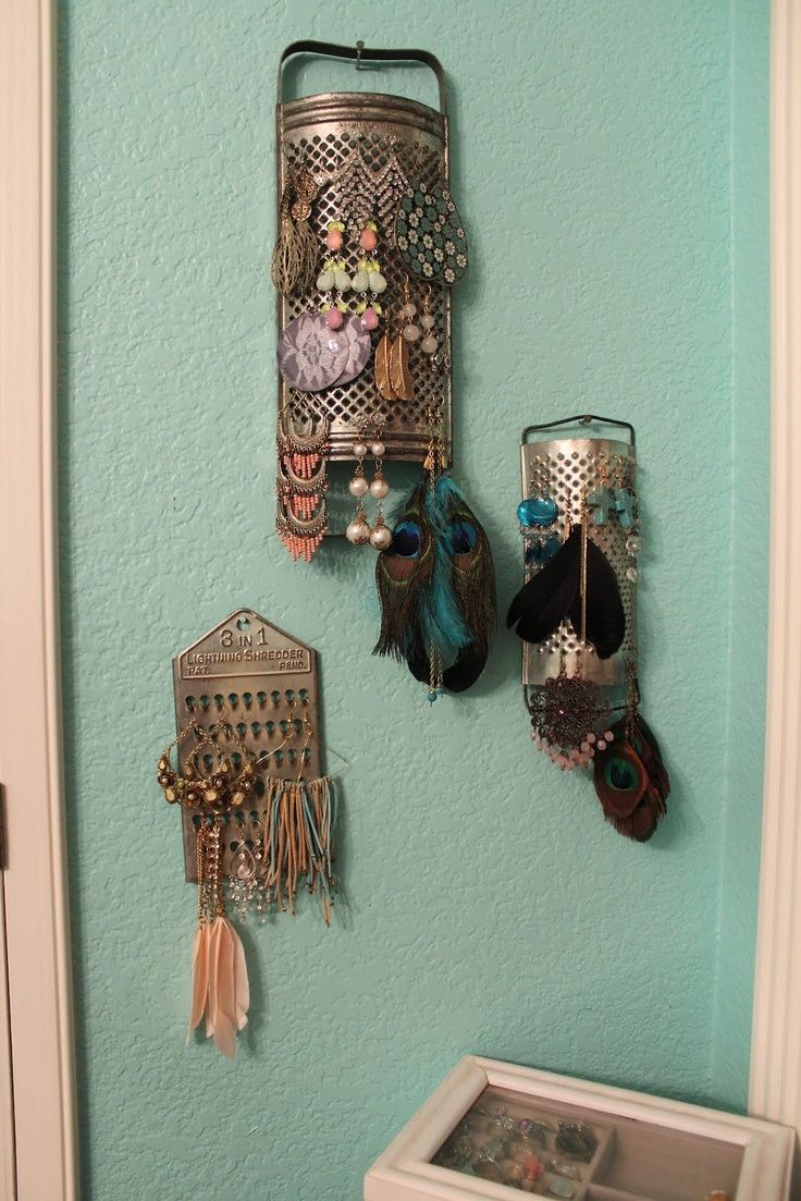 Top 10 Creative Earrings Display Ideas Made Of Cheese Grater