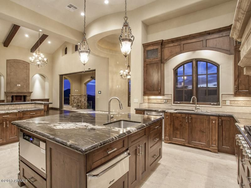 Extravagant Kitchens