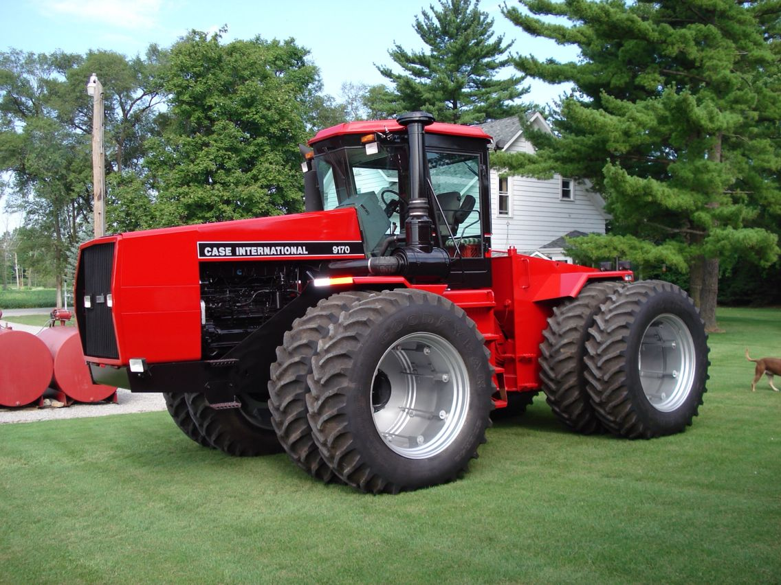 Case International Harvester : Case international with fresh paint ih
