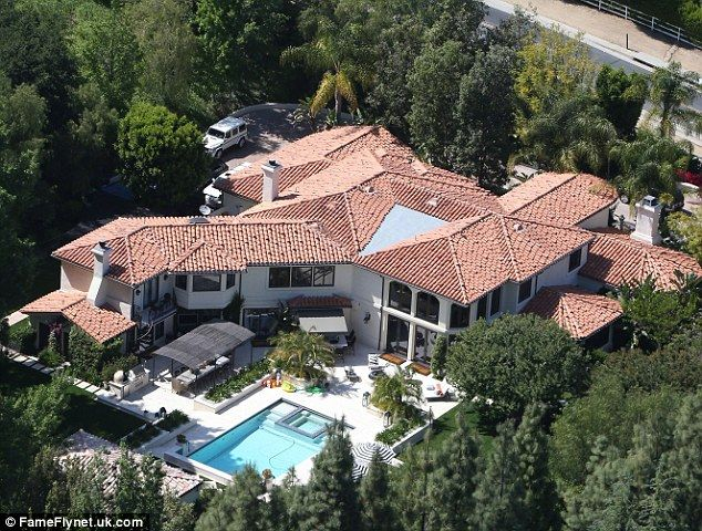 Ensconced The Are Staying At Kim S Mother Kris Jenner Mansion In Hidden Hills Los Angeles