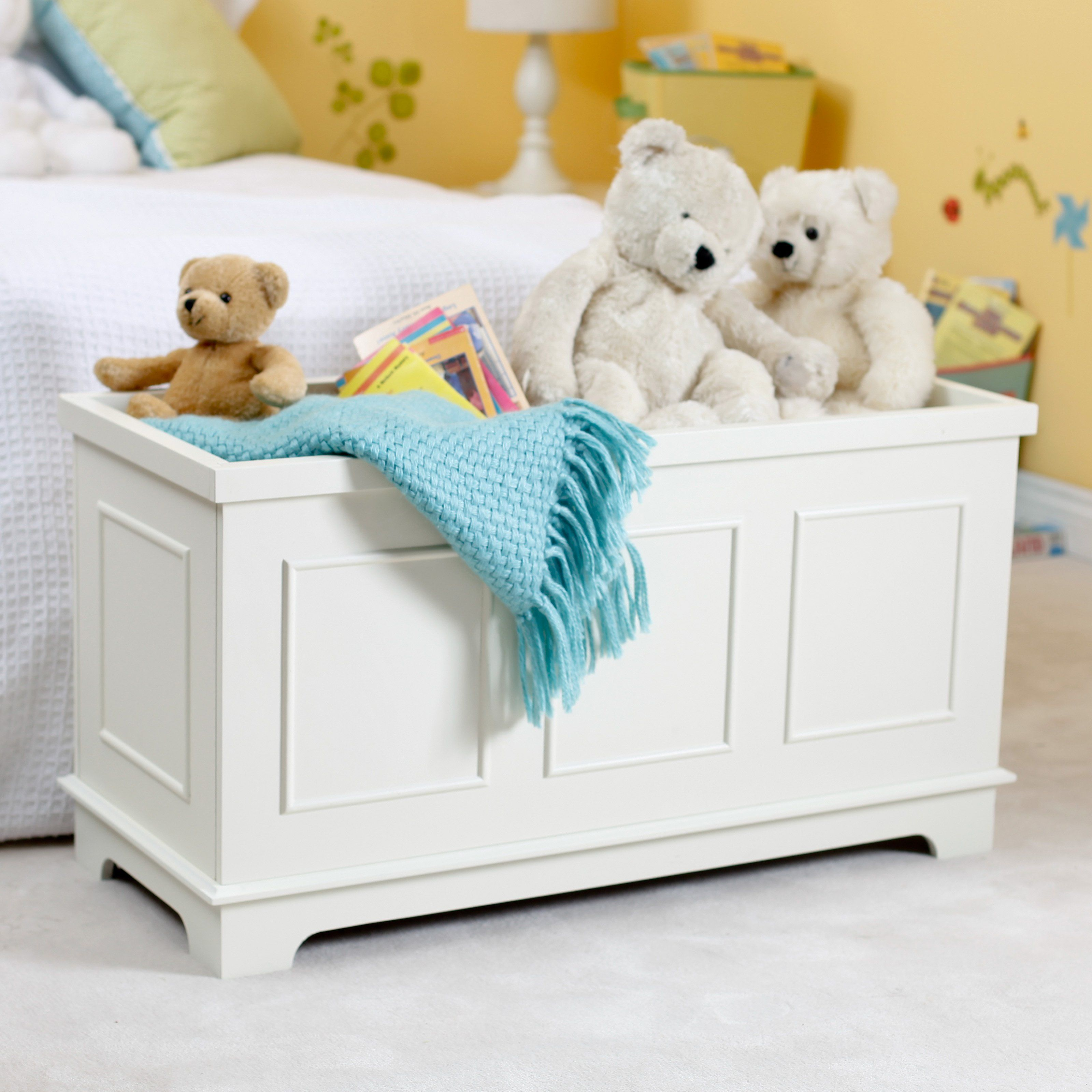 Have To Have It Classic Playtime Linden Toy Box Vanilla