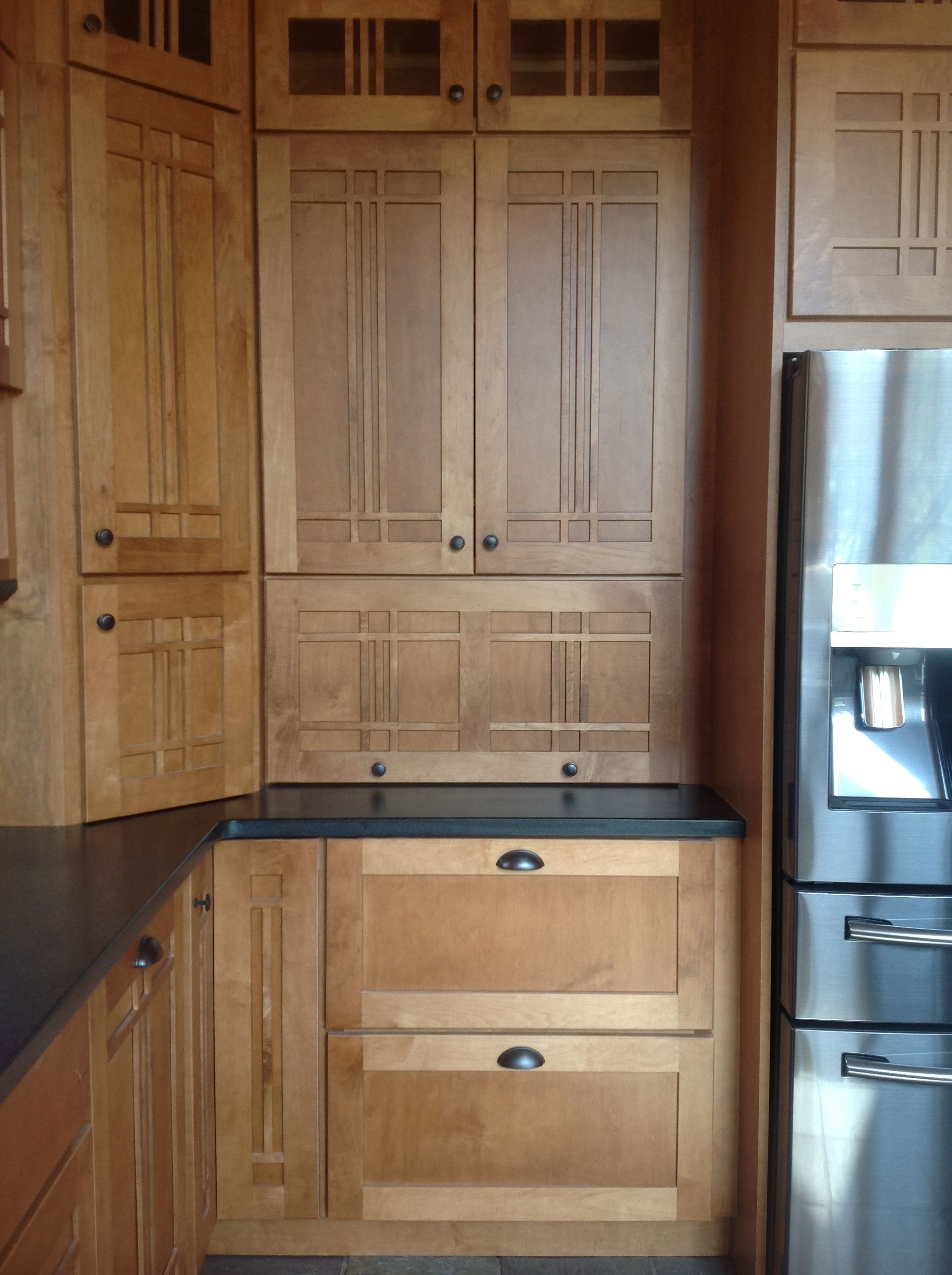 Schuler Maple Kitchen Cabinets In Artisan Door Style With Chestnut Stain In Log Home Kitchen Remodel Inspiration Artisan Kitchen Cabinets Schuler Cabinets