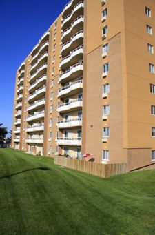 Capitol Hill I and II Apartments - 10 & 11 Overlea Kitchener, Ontario
