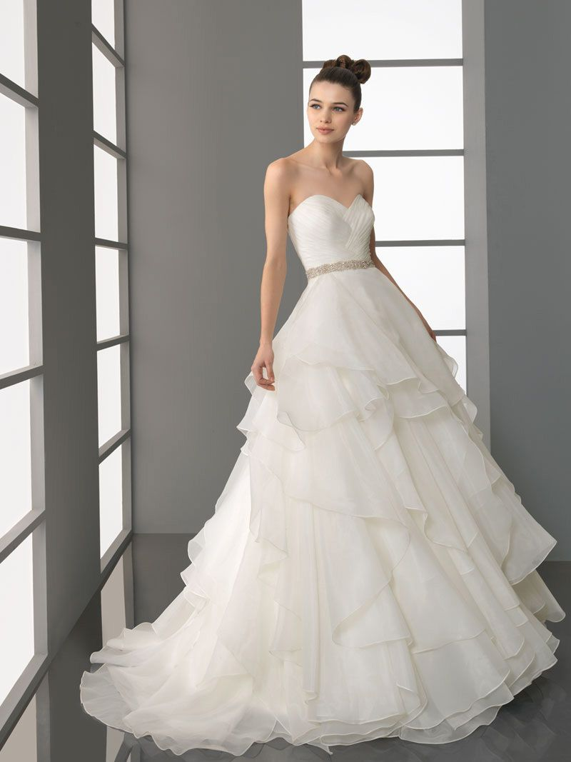 Layered Tulle Wedding Dresses : Multi layer sweetheart tulle bridal ball gown with beaded