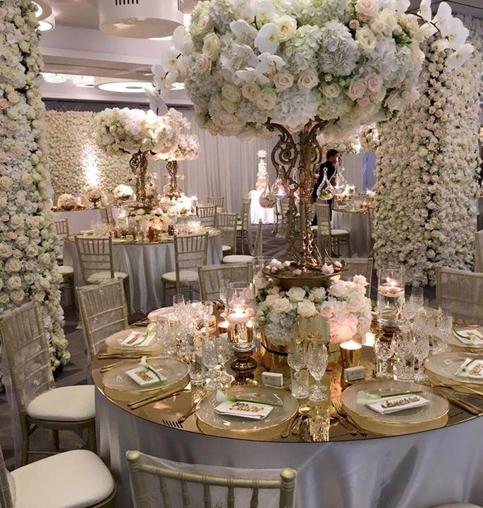 Pin By Signature Bride On Beautiful Weddings Ideas Wedding Decor Elegant Wedding Design Decoration Wedding Guest Table