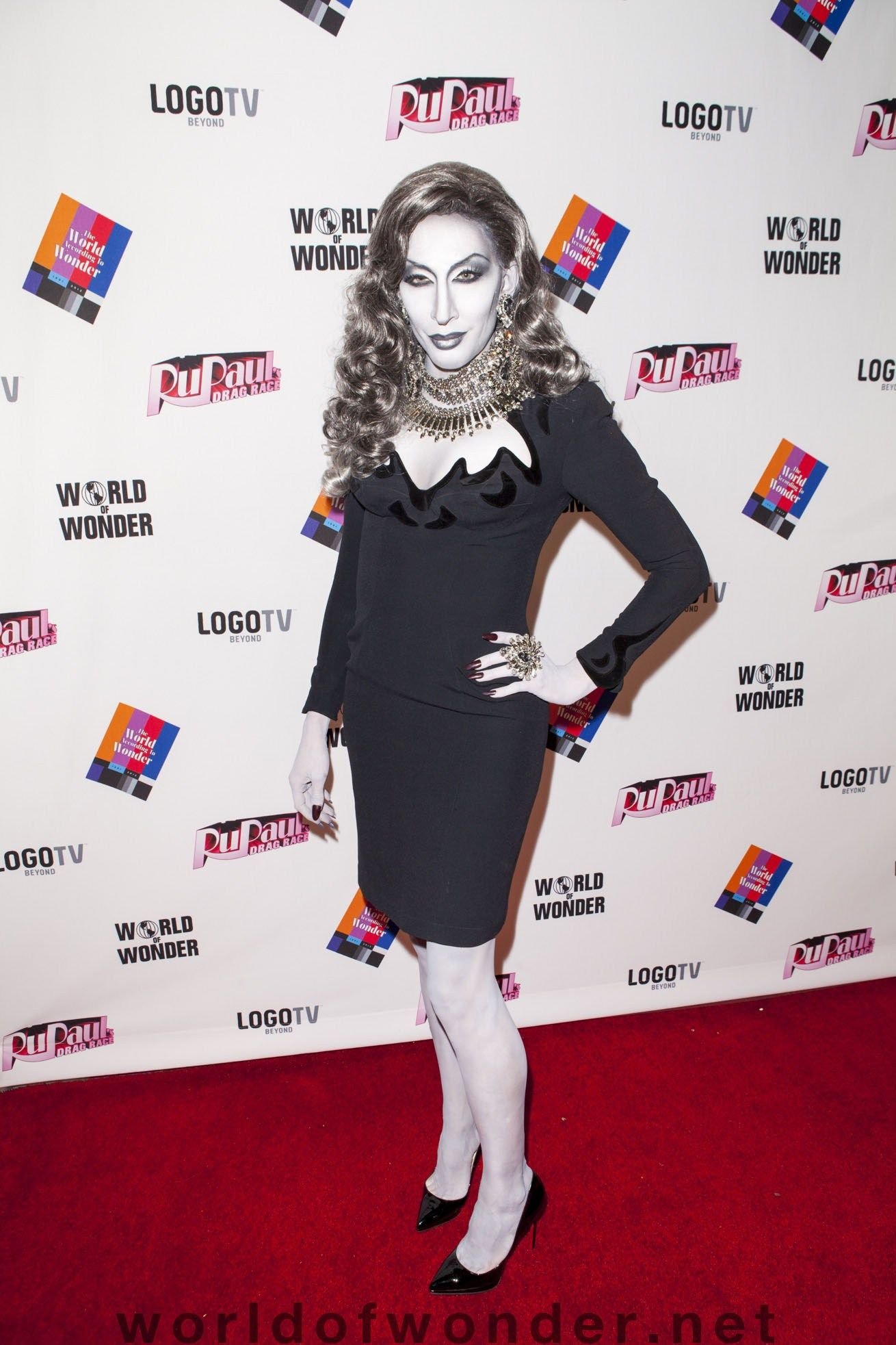 detox icunt in grayscale love it this is my favorite