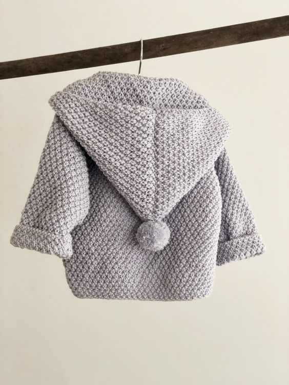 Snebold - strikket babyjakke - FiftyFabulous