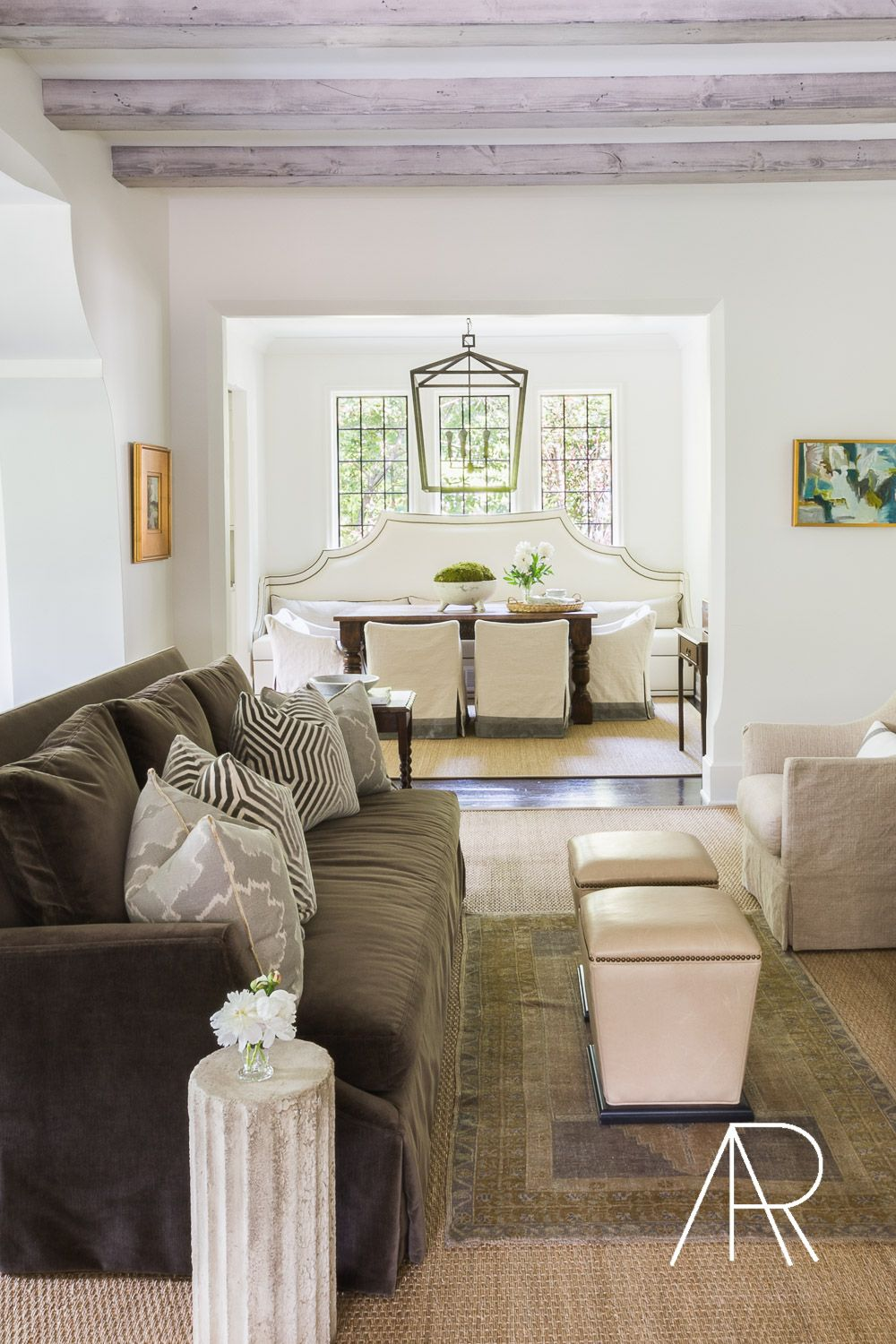 Southern Home Magazine With Laurel Powell House And Home Magazine Beautiful Living Rooms Southern Homes