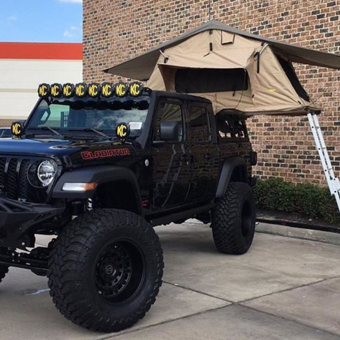 Pin By Offroadium Com Offroad Lift On Jeep Jeep Gear Jeep