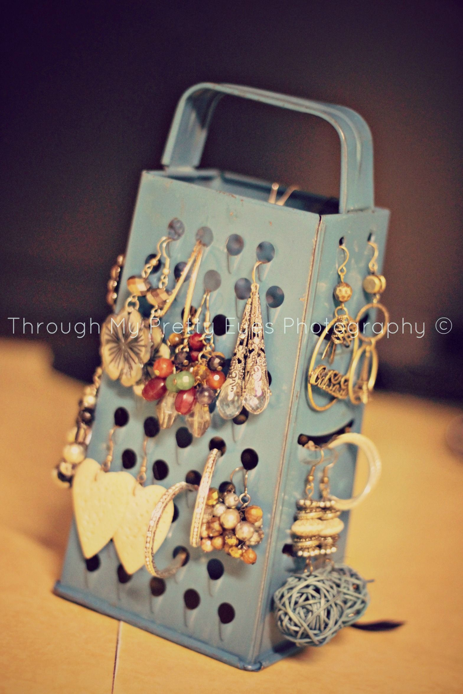 Earring holder do it yourself letra
