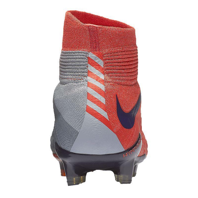 superior quality 26dd4 38282 Nike Women's HyperVenom Phantom FG Outdoor Soccer Cleats ...